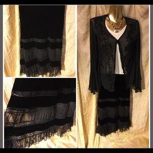 Black velvet lace skirt size 6